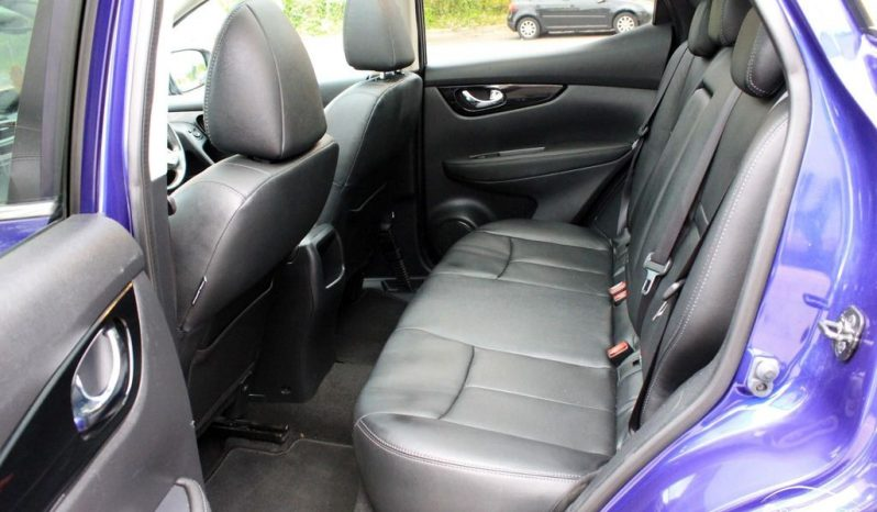 2015 Nissan Qashqai 1.2 DIG-T Tekna 5dr £11150 full